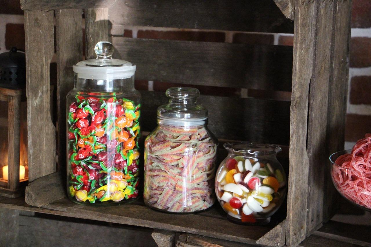 Candy Bar Zubehör. Was gehört in eine Candybar?