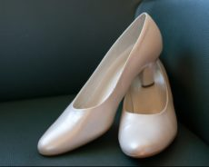 Ballerinas und Co. Flache Brautschuhe an die Macht!
